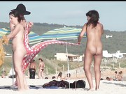 Nude Beach - Babes Spreading Compilation